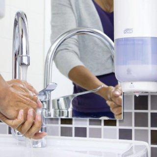 Higieniczne mycie rąk w pracy