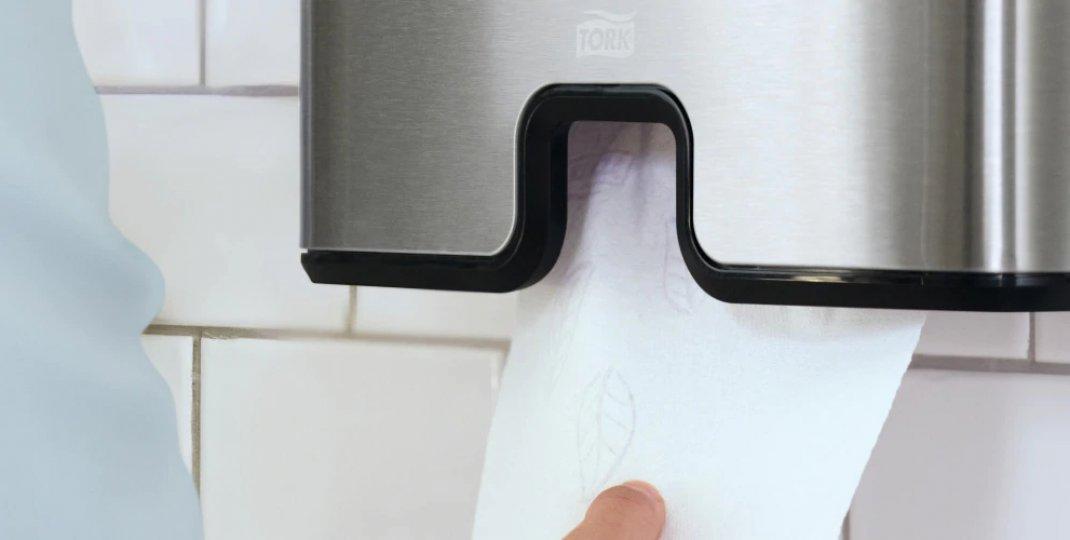 Dozowniki na ręczniki papierowe - wszystko, co warto wiedzieć przed zakupem