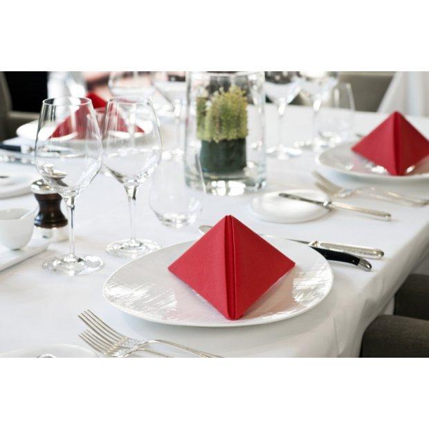 tork-serwetki-czerwone-obiadowe